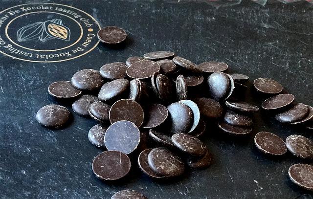 gotas de chocolate amargo