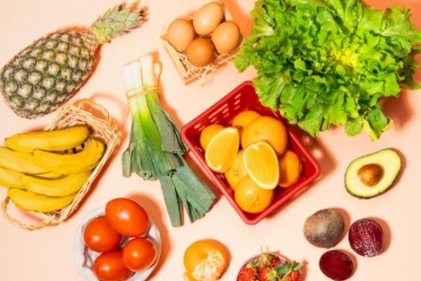 frutas e outros alimentos de mercado