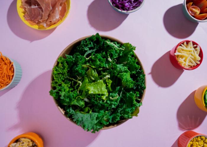 salada como opção de delivery de comida saudável